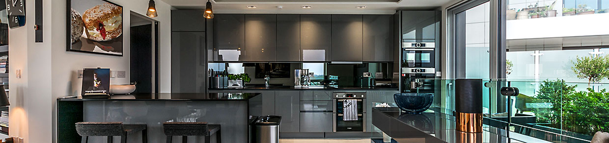 SLEEK KITCHENS Sleek Settings With All The Trimmings