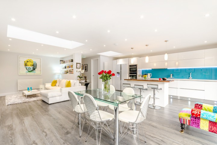The Sleek Open Plan Kitchen In This Three Bedroom Oakleigh Park Bungalow Proves How Effective Trend Can Be