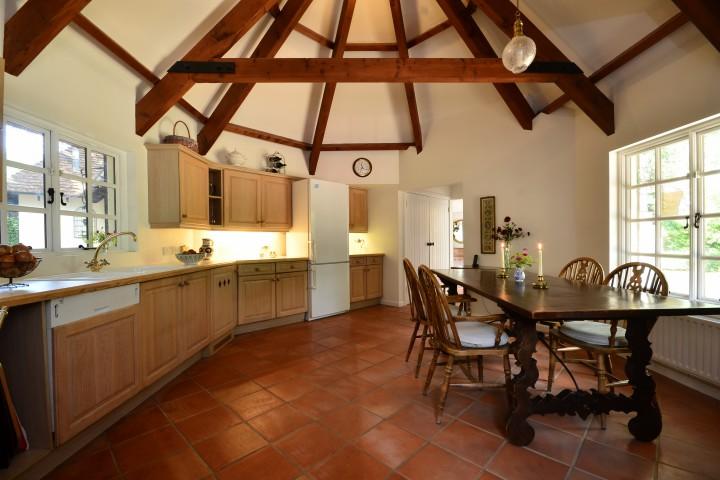 Flippin\' fantastic kitchens - Foxtons Blog & News