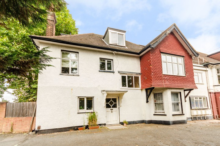 Under 1 Roof Woolwich 10 Flats For Under 300 000 Foxtons
