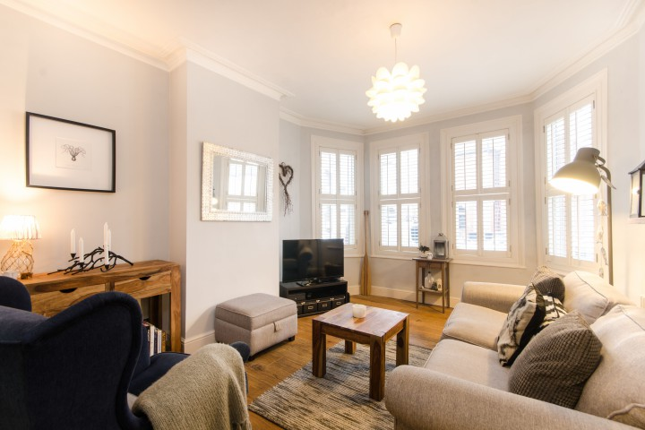 0c3b605071db ... Station and the fantastic amenities the area has to offer