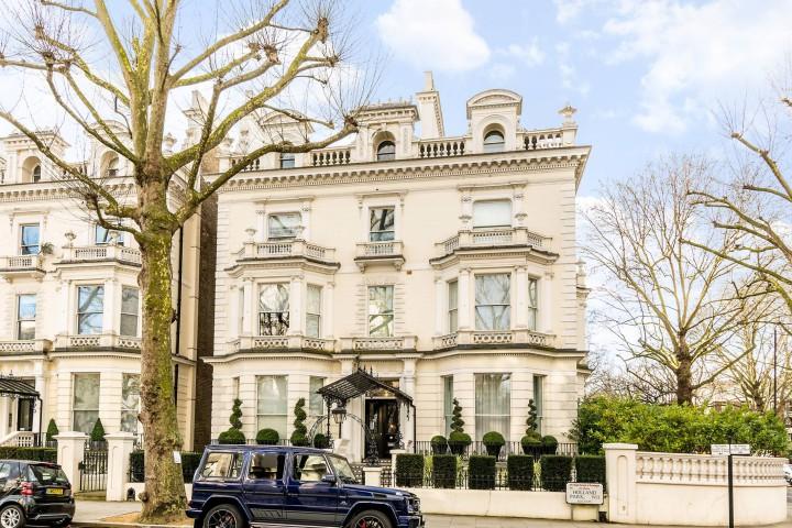 5 Holland Park homes for sale near the Beckhams - Foxtons
